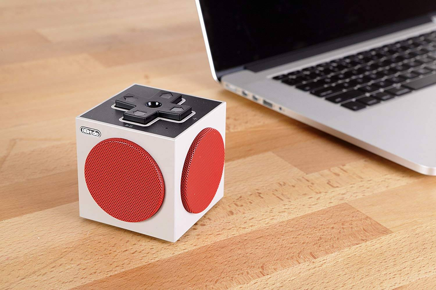 NES Styled Bluetooth Cube Speaker - http://coolthings.us