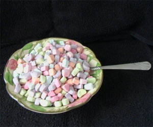 Massive Bag of Cereal Marshmallows - http://coolthings.us