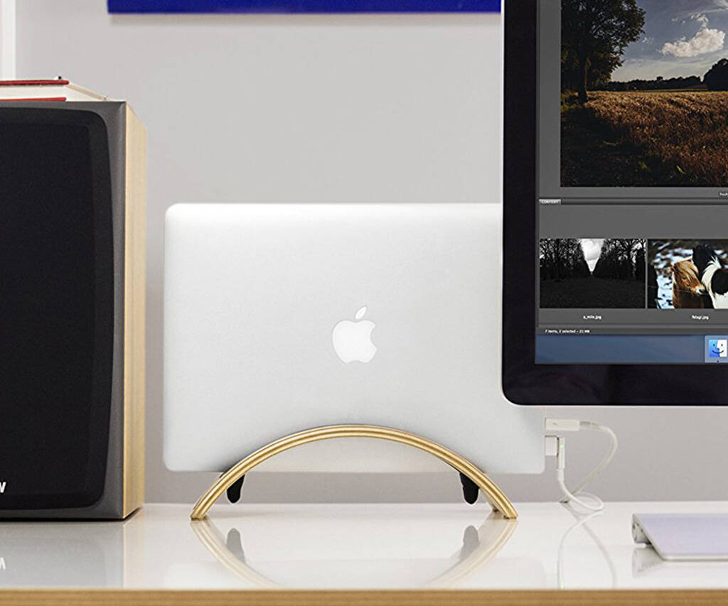 BookArc MacBook Stand - http://coolthings.us