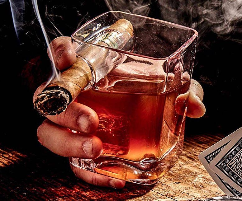 Cigar Holding Glass - http://coolthings.us