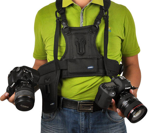 Multi Camera DSLR Carrier Harness Holster System - http://coolthings.us