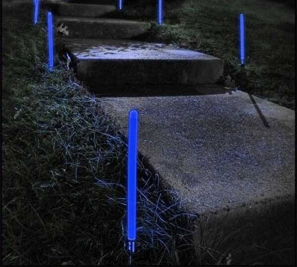 Glowing Ground Stakes - http://coolthings.us
