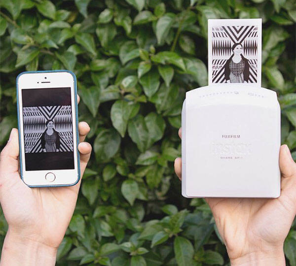 Fujifilm Instax Share Smartphone Printer - http://coolthings.us