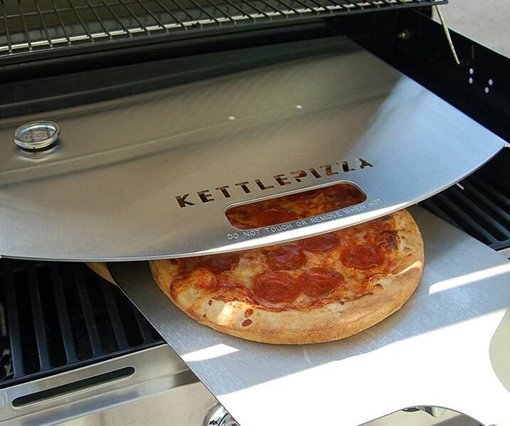 KettlePizza Gas Pro Deluxe Pizza Oven Kit - http://coolthings.us
