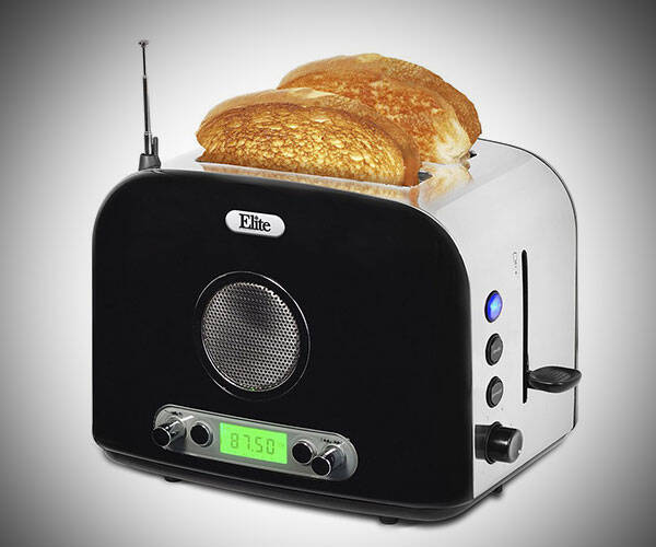 Multi-Function Radio Toaster - http://coolthings.us