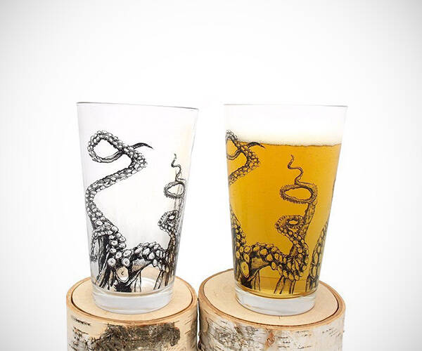 Octopus Tentacles Pint Glass - http://coolthings.us
