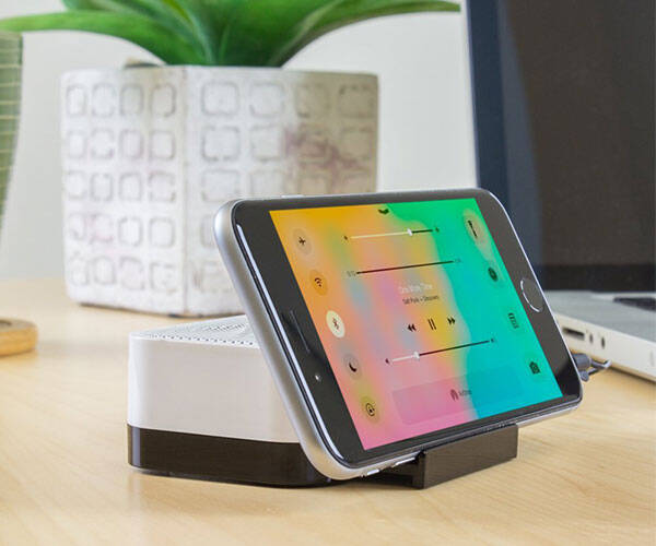 Portable Rechargeable Speaker Stand by Satechi - http://coolthings.us