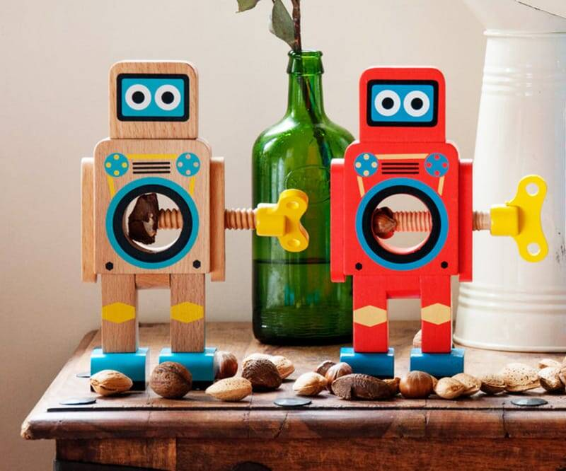 Robot Nutcracker - http://coolthings.us
