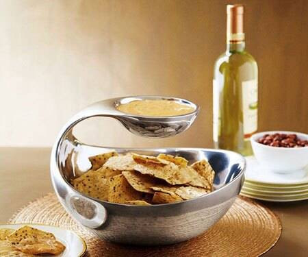 Scoop Chip and Dip Bowl - http://coolthings.us