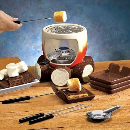 Smores Maker - http://coolthings.us