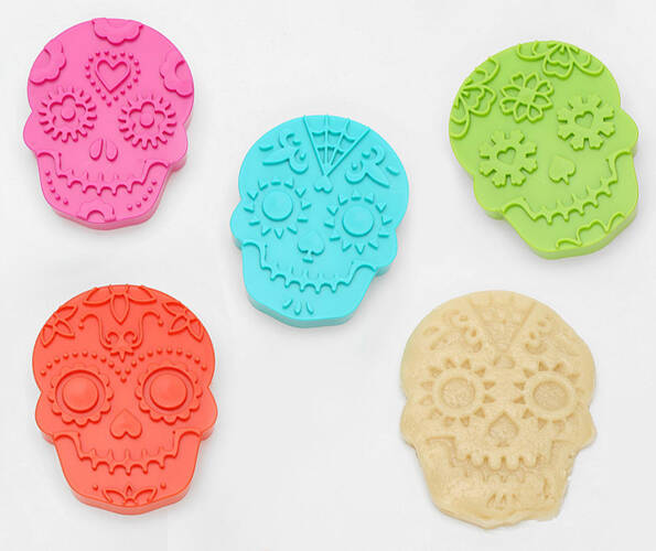 Sugar Skull Cookie Cutters - http://coolthings.us