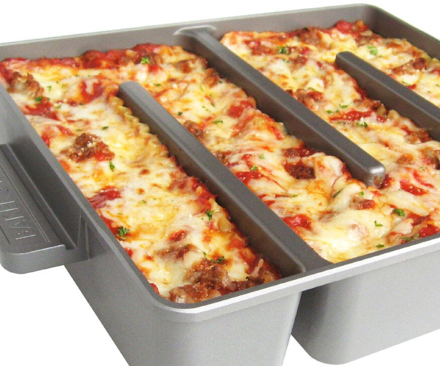 Endless Edges Lasagna Pan - http://coolthings.us