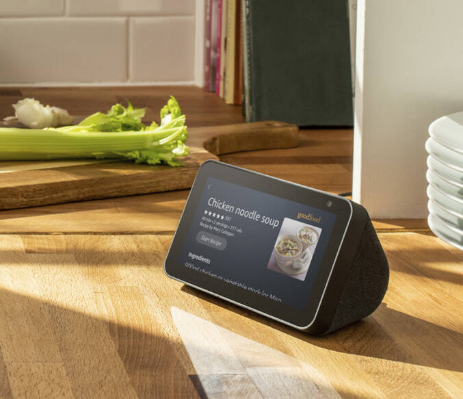 Amazon Echo Show 5 - http://coolthings.us