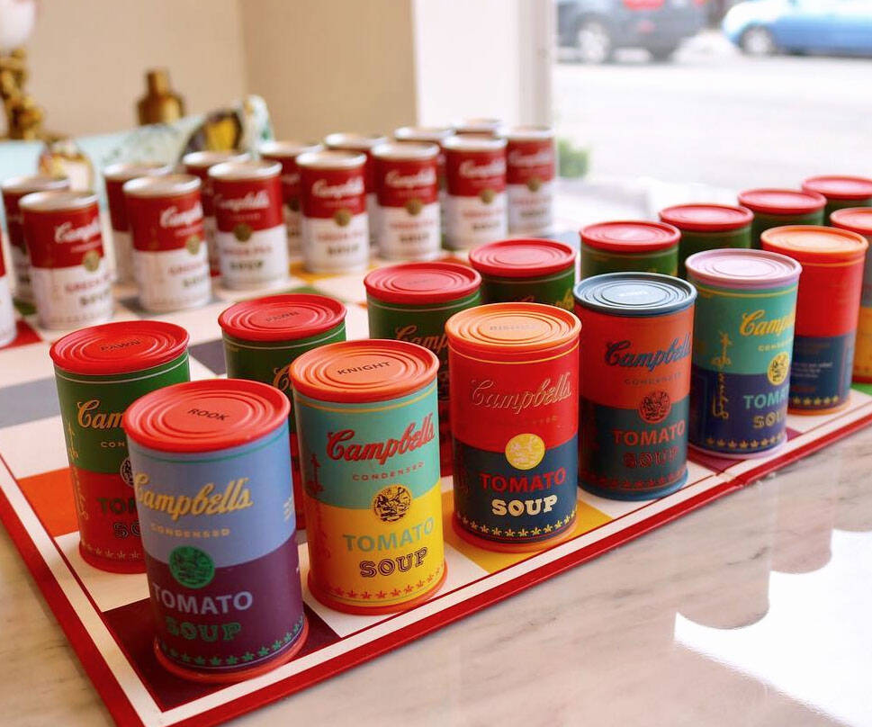 Andy Warhol Campbell's Soup Chess Set - http://coolthings.us