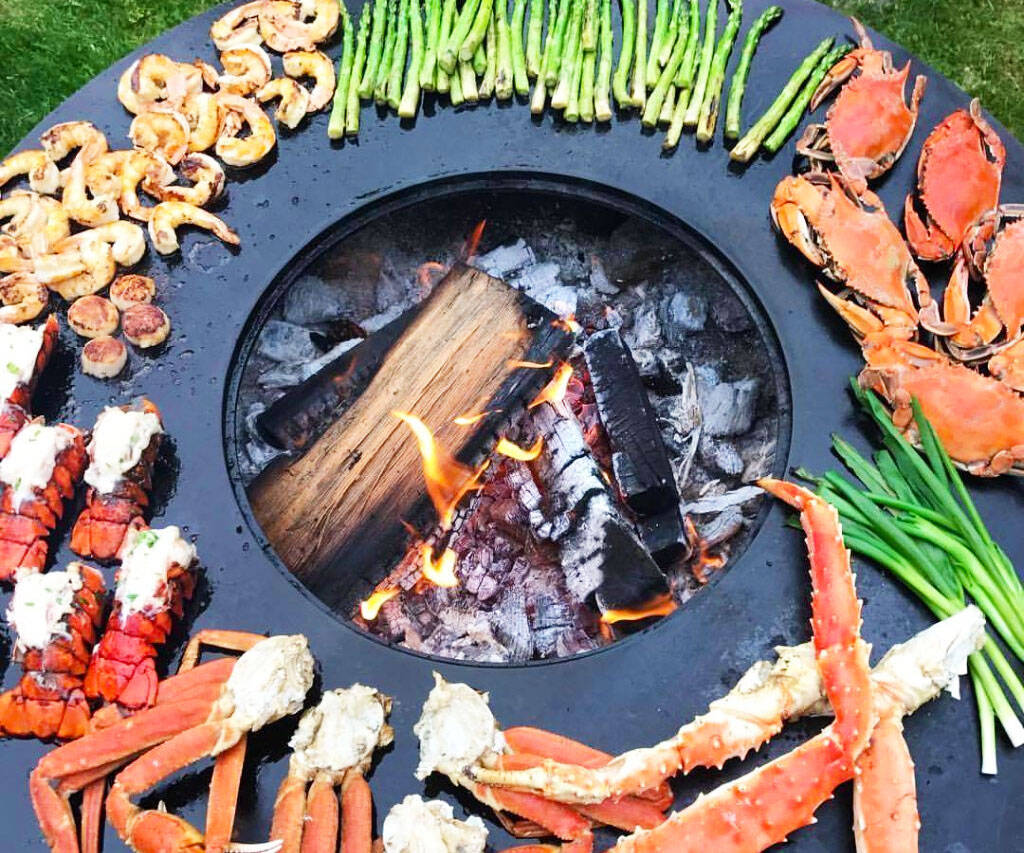 Circular Grill And Fire Pit - http://coolthings.us
