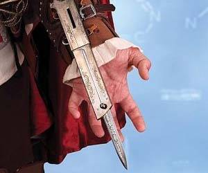 Assassin's Creed Hidden Blade - http://coolthings.us