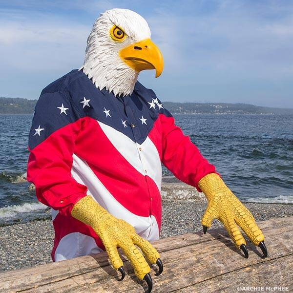 Bald Eagle Mask with Talons - http://coolthings.us