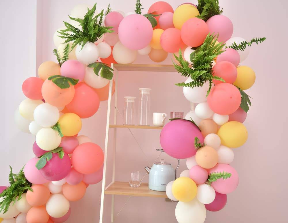 Balloon Garland Kit - http://coolthings.us
