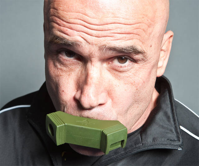 Bas Rutten O2 Trainer - coolthings.us