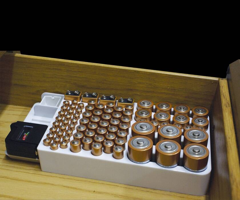 Battery Organizer with Removable Tester - http://coolthings.us