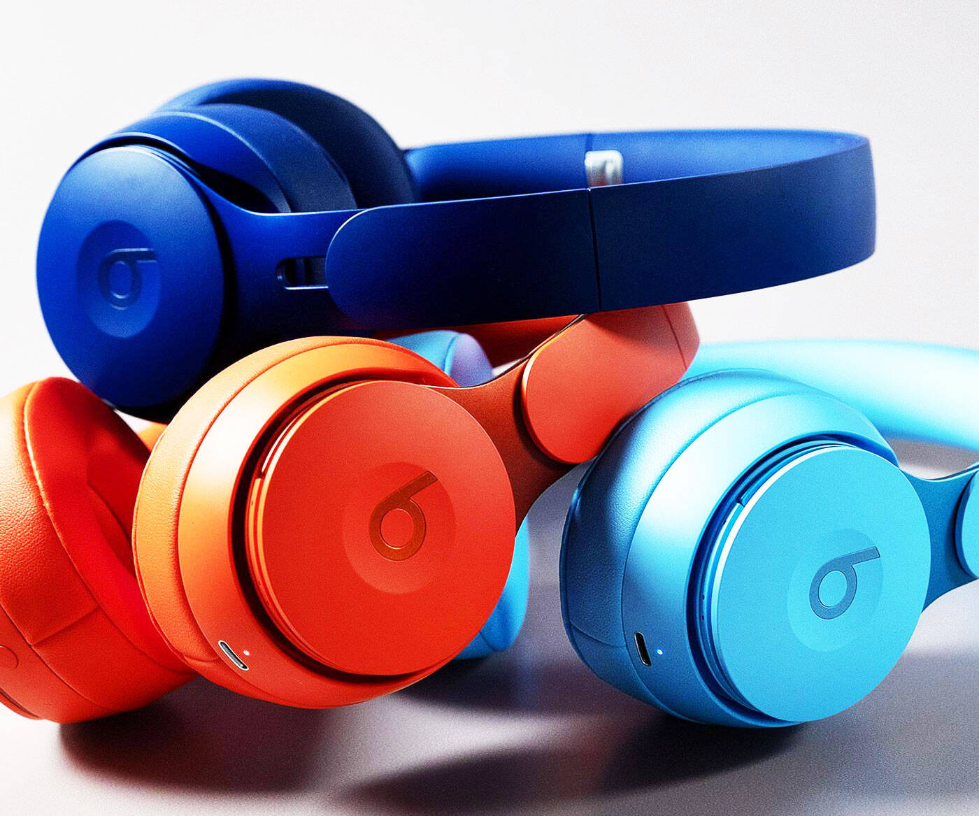 Beats Solo Pro Headphones - http://coolthings.us