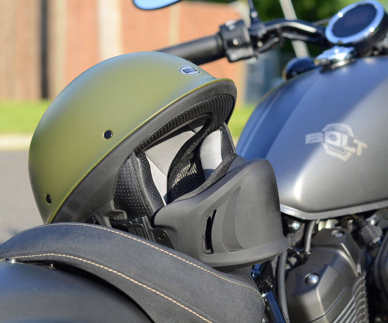 Bell Rogue Helmet - http://coolthings.us