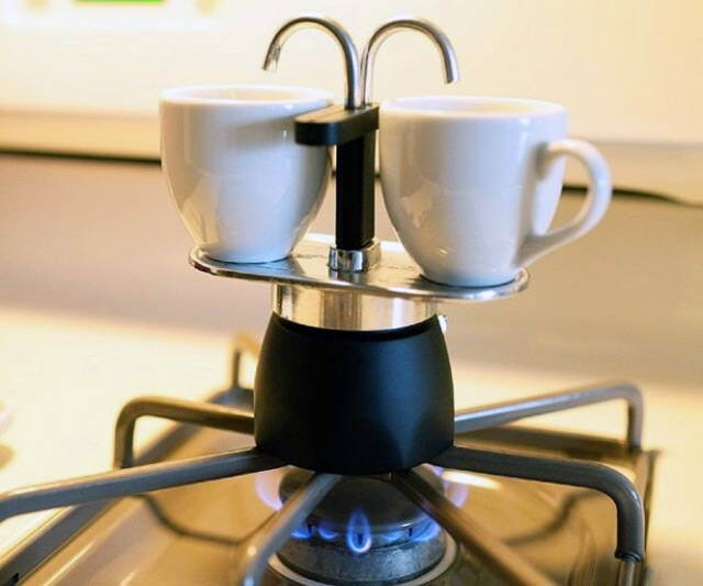 Bialetti Stovetop Percolator - http://coolthings.us