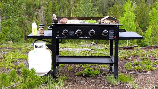 Blackstone Griddle Cooking Station - http://coolthings.us