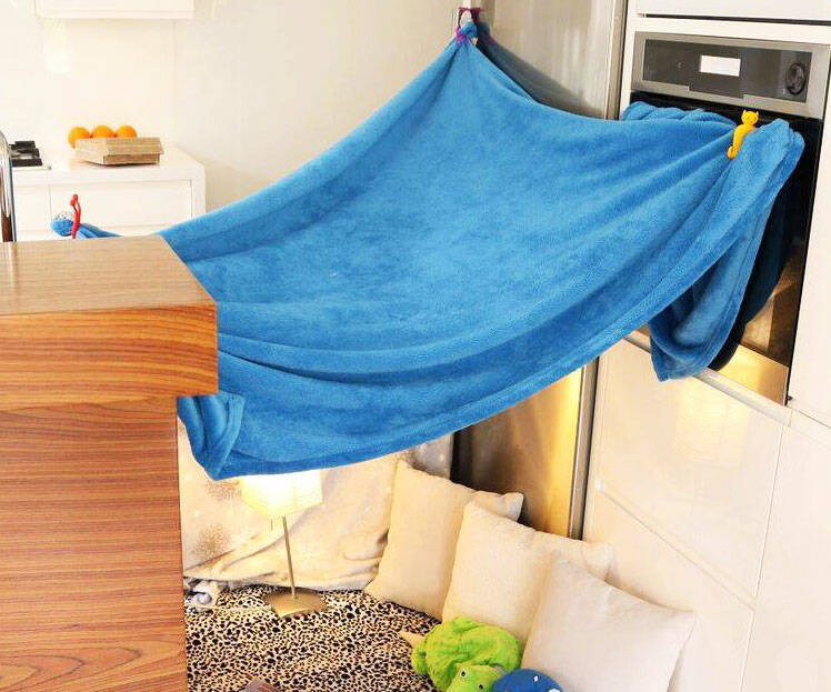 Blanket Fort Building Kit - http://coolthings.us