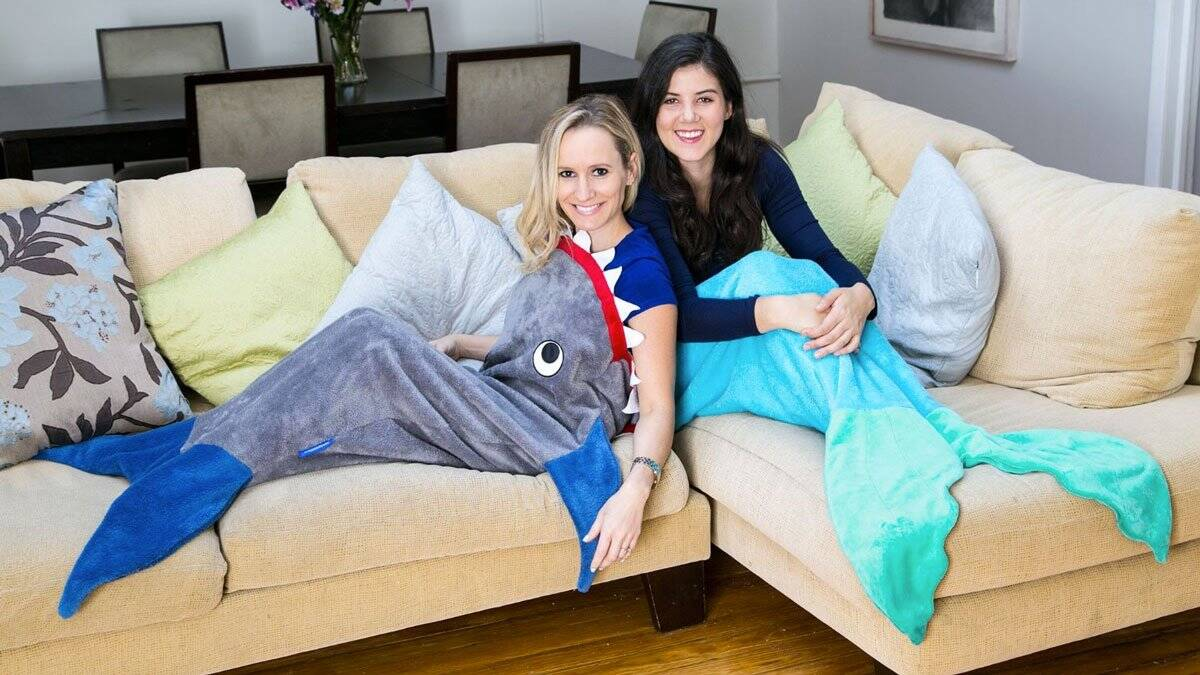 Blankie Tails Shark Blanket - http://coolthings.us