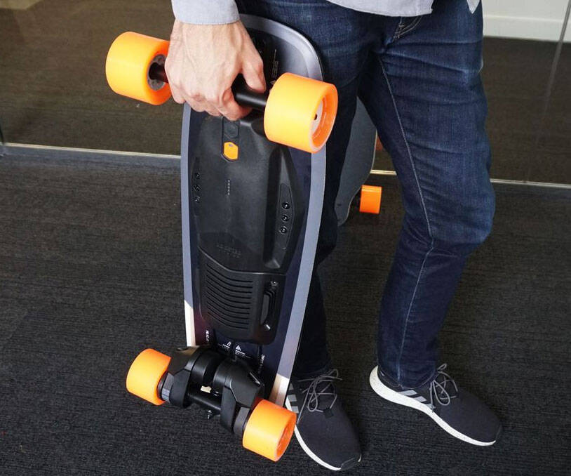 Boosted Mini Electric Board - http://coolthings.us
