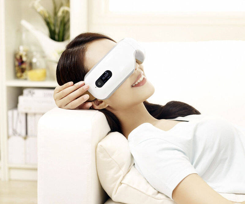 Wireless Eye Massager with Heat Compression and Music - http://coolthings.us