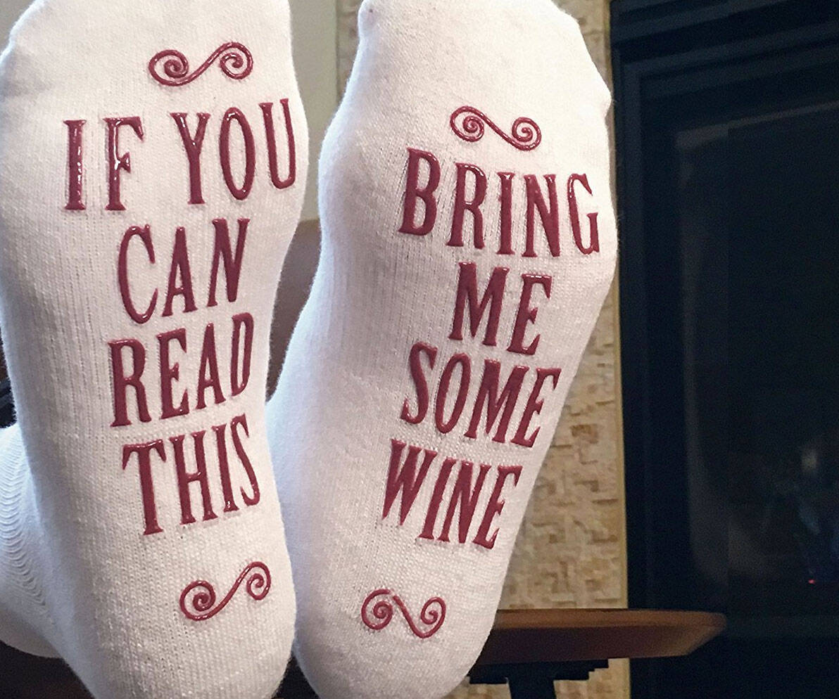 Bring Me Some Wine Socks - http://coolthings.us