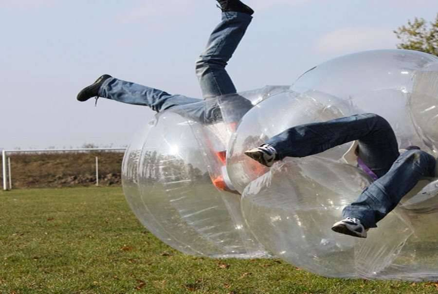 Bubble Soccer Battle Balls - http://coolthings.us