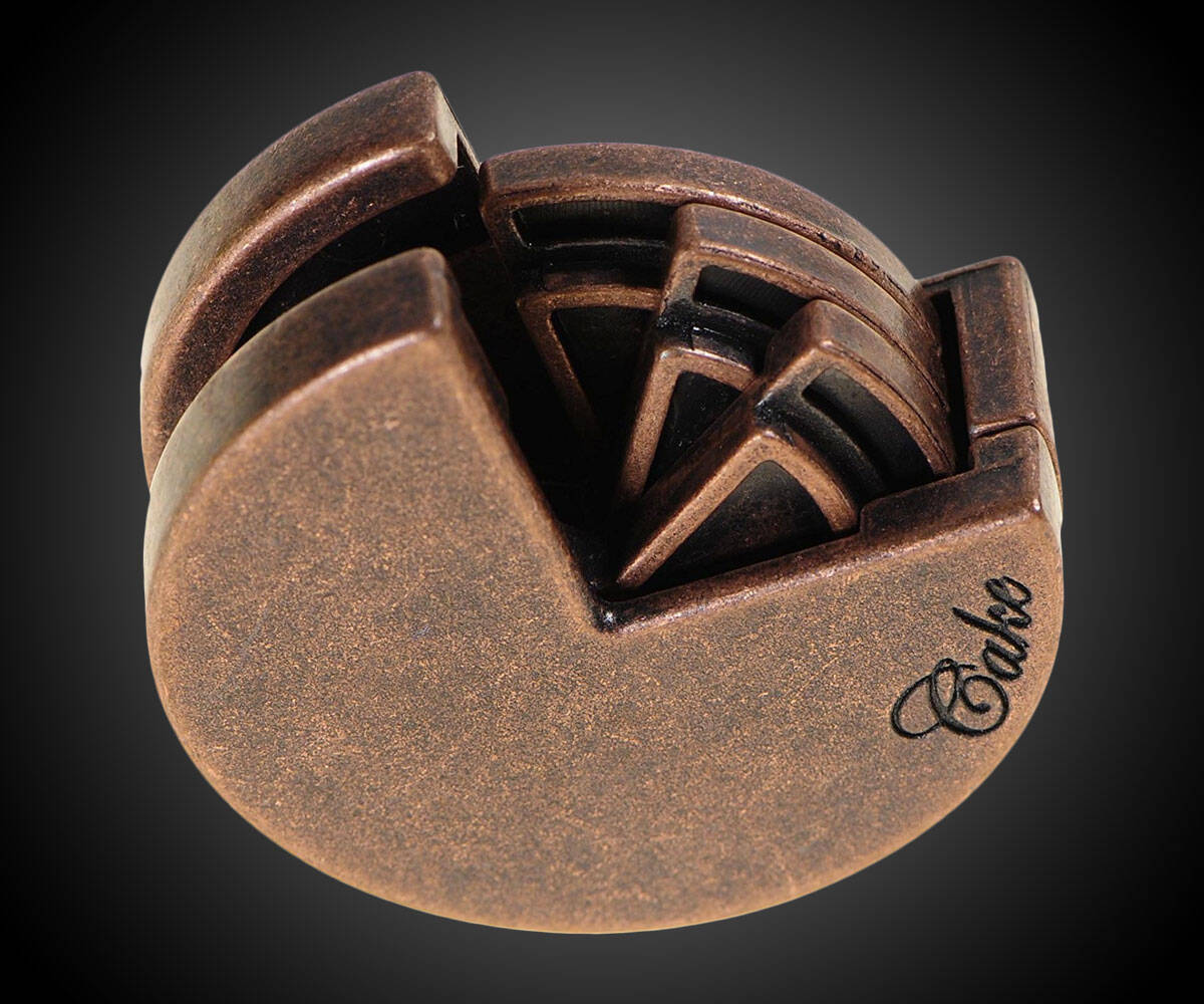 CAKE Hanayama Cast Metal Puzzle - http://coolthings.us
