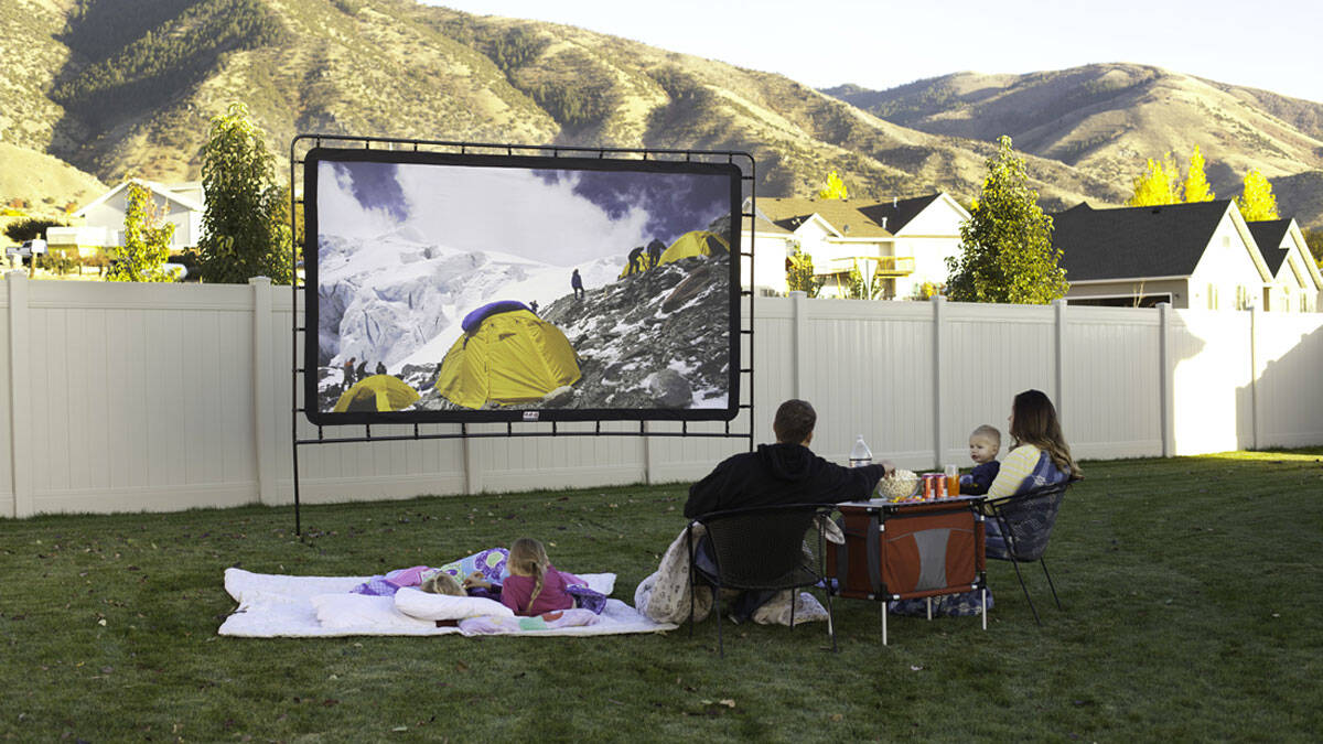 Camp Chef Indoor/Outdoor Movie Screen - http://coolthings.us