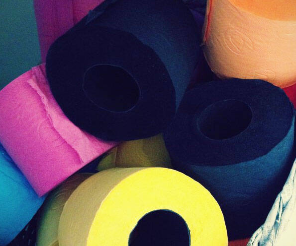Colored Toilet Paper - http://coolthings.us