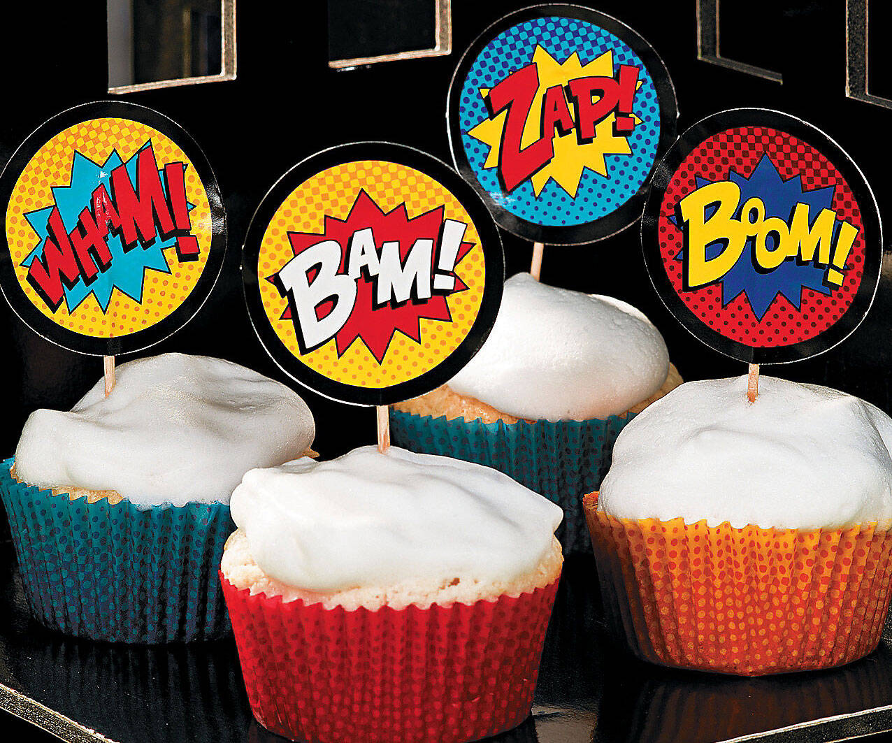 Comic Book Cake Toppers - http://coolthings.us
