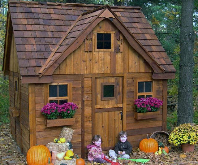 Cottage Playhouse - http://coolthings.us