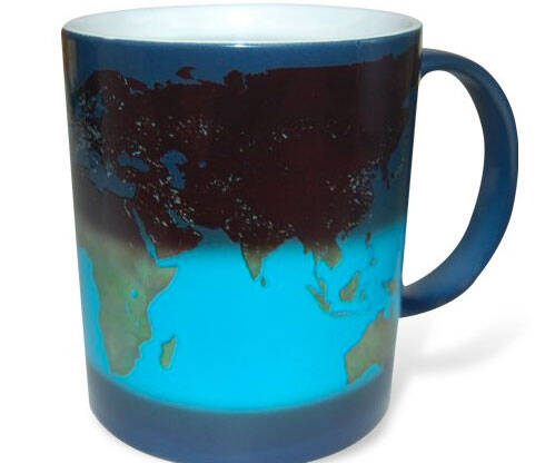 Day And Night Heat Sensitive Mug - http://coolthings.us