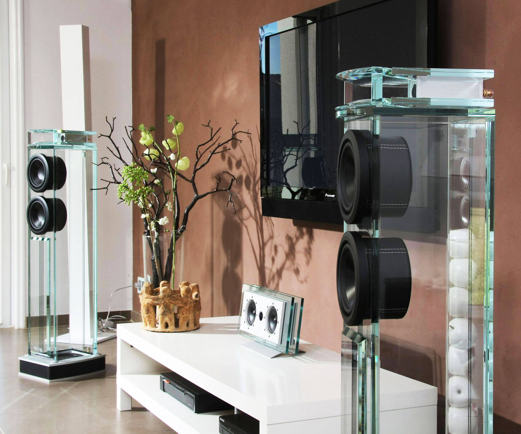 Diamond Glass Tower Speakers - http://coolthings.us