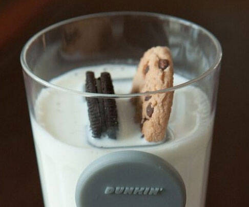 Cookie Dunking Helper - http://coolthings.us