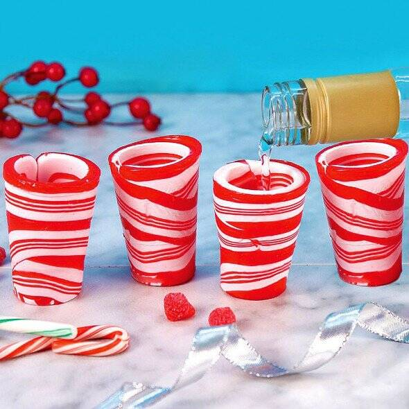Edible Candy Cane Shot Glasses - http://coolthings.us