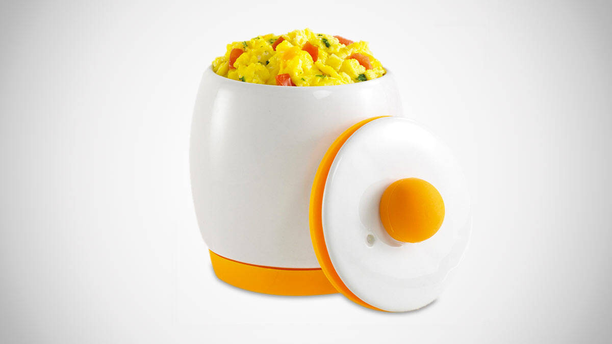 Microwave Egg Cooker - http://coolthings.us