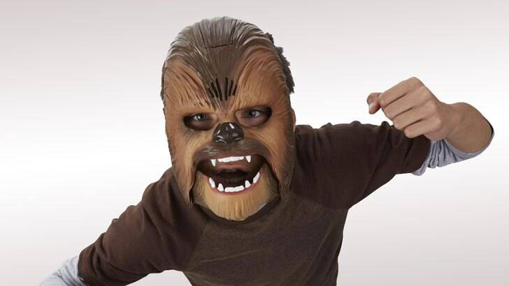 Star Wars Electronic Chewbacca Mask - coolthings.us