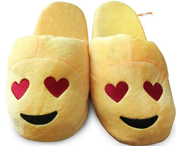 Emoji Slippers - http://coolthings.us