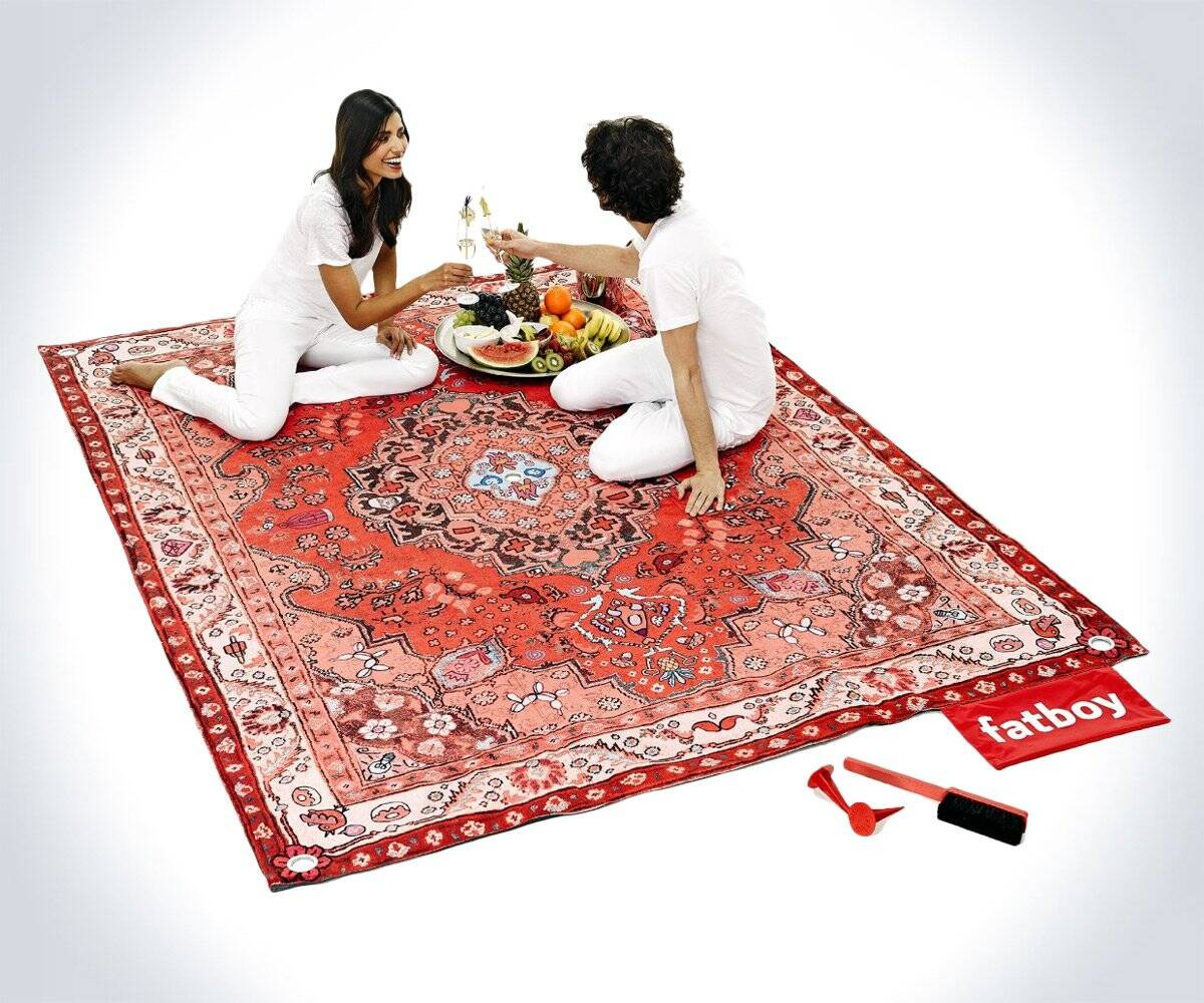 Fatboy Oriental Rug Picnic Lounge - http://coolthings.us