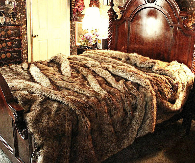 Faux Wolf Fur Bedspread - http://coolthings.us