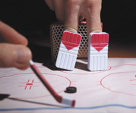 Finger Hockey Game - http://coolthings.us