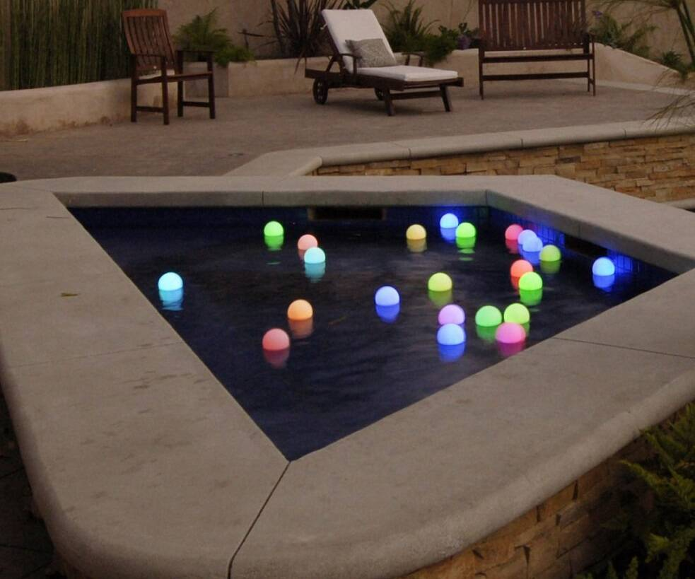Mood Light Garden Orbs - http://coolthings.us